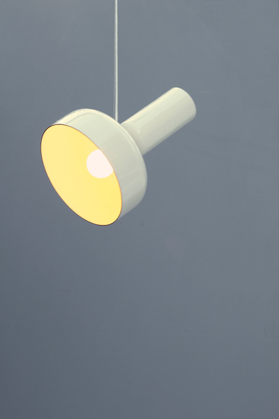 71_lukas-peet---hanging-spotlight-31