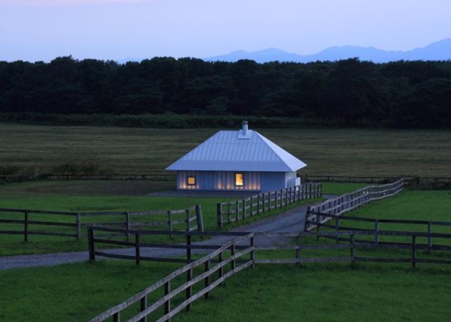 dezeen_Meme-Meadows-Experimental-House-by-Kengo-Kuma-and-Associates_ss13