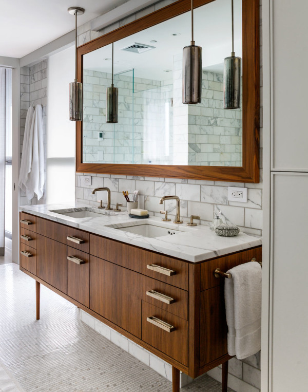 66-9th-Ave-EcoFriendly-Apt-16-master-bath-600x763