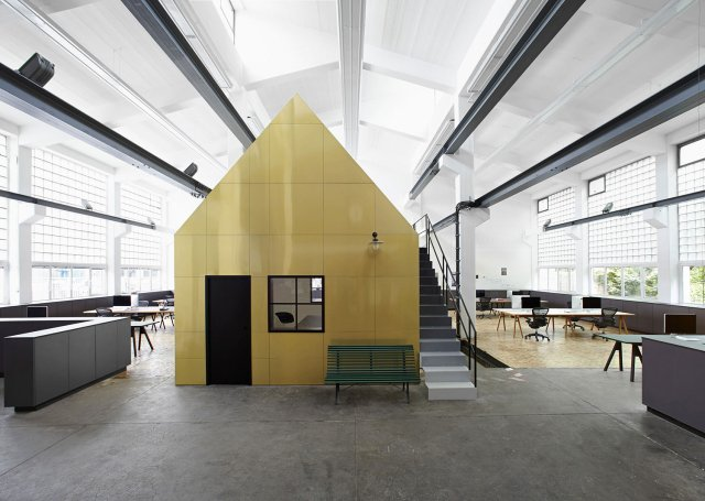 'Halle A' Creative Studio by Designliga // Munich, Germany