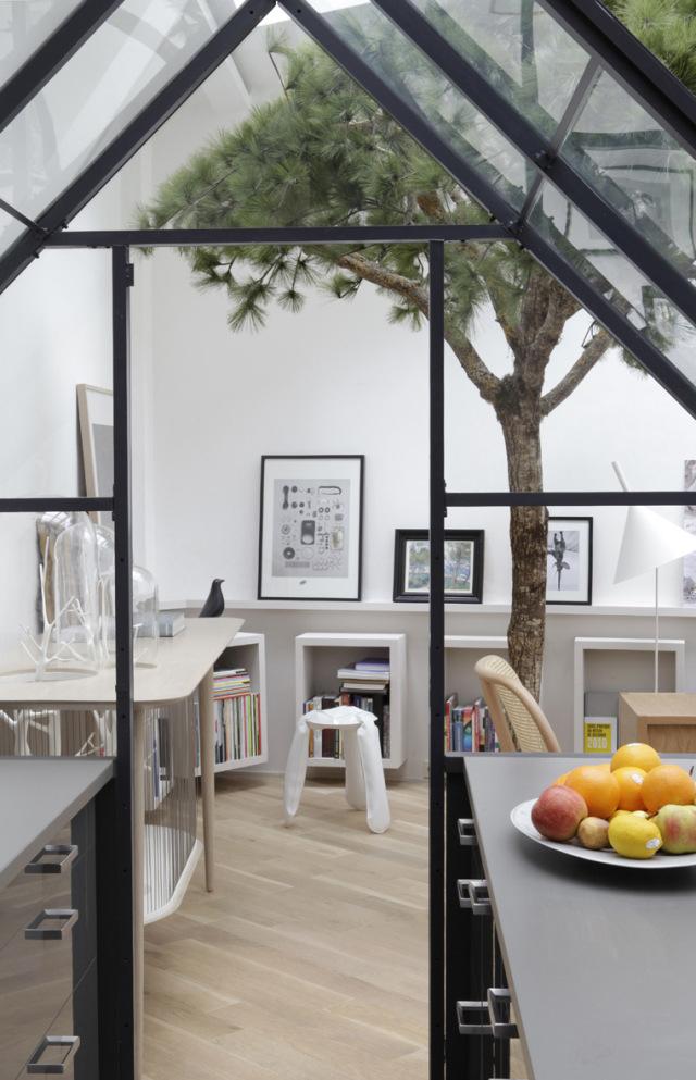 Paris-Loft-Apartment-by-Gregoire-De-Lafforest-Yellowtrace-05