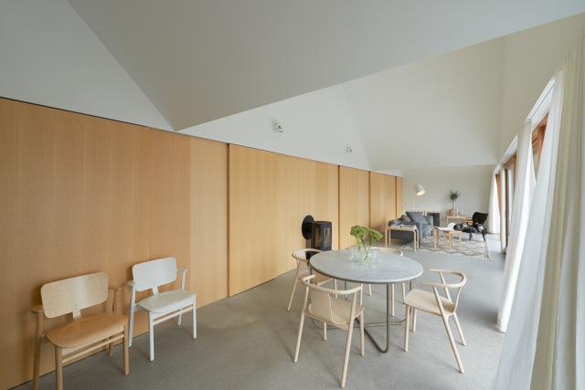 Tham-and-Videgard-Arkitekter-Summerhouse-Lagno-Yellowtrace-05