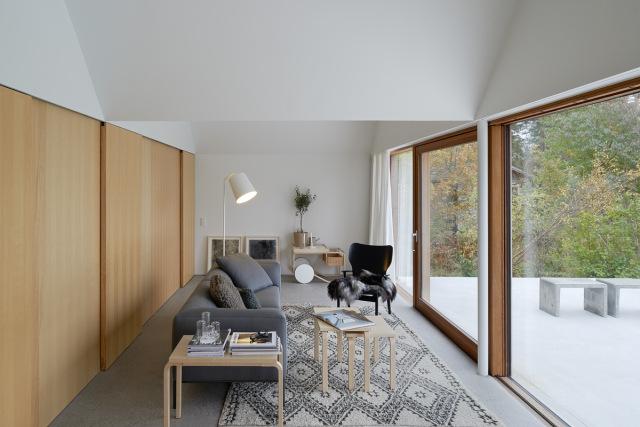 Tham-and-Videgard-Arkitekter-Summerhouse-Lagno-Yellowtrace-09
