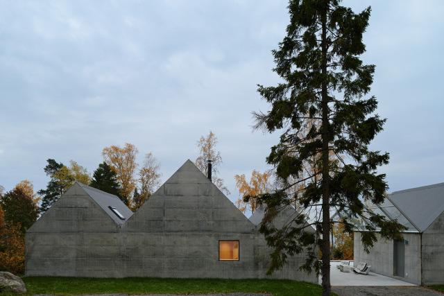 Tham-and-Videgard-Arkitekter-Summerhouse-Lagno-Yellowtrace-12
