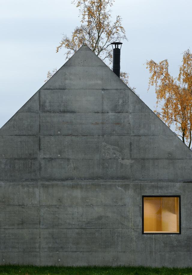 Tham-and-Videgard-Arkitekter-Summerhouse-Lagno-Yellowtrace-13