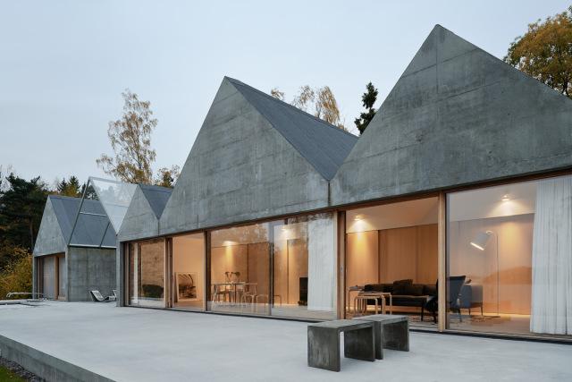 Tham-and-Videgard-Arkitekter-Summerhouse-Lagno-Yellowtrace-14