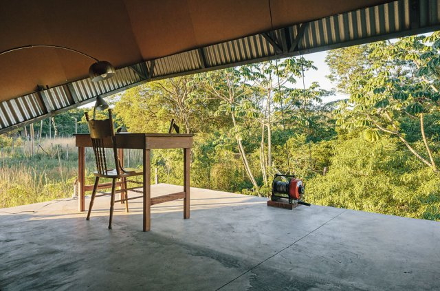 The-Caja-Oscura-House-Paraguay-by-Javier-Corvalan-Yellowtrace-04