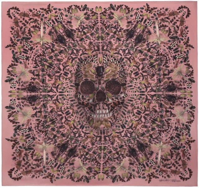 damien-hirst-alexander-mcqueen-skull-scarf-series-Yellowtrace-03