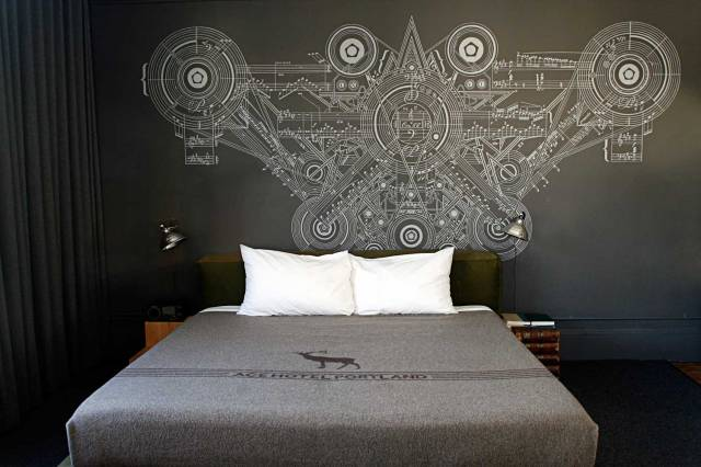Portland-Ace-Hotel-Yellowtrace-03