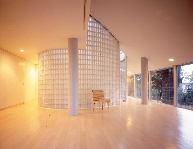 Shigeru-Ban-Home-Where-Architects-Live-Yellowtrace-01