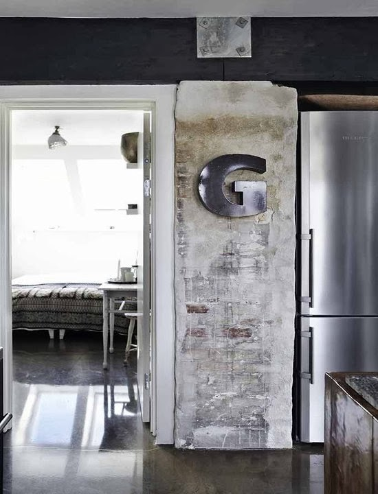 Fabulish-blog-an-artist's-home-bedroom-concrete-floors