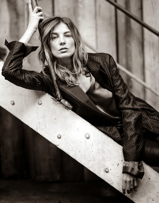 fabulish-living-blog-Daria Werbowy for Marie Claire Russia May 2014-bw